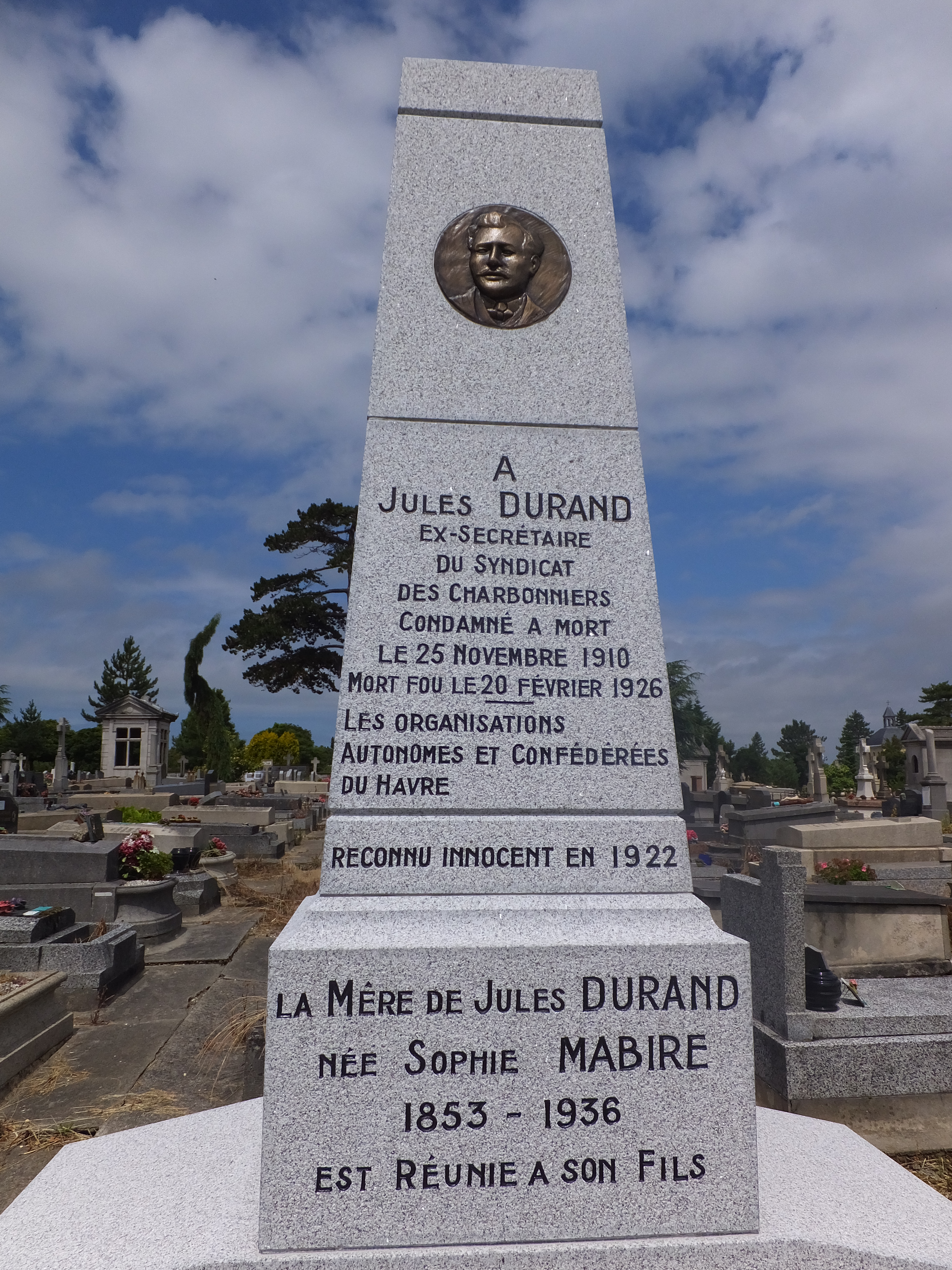Stèle Jules Durand